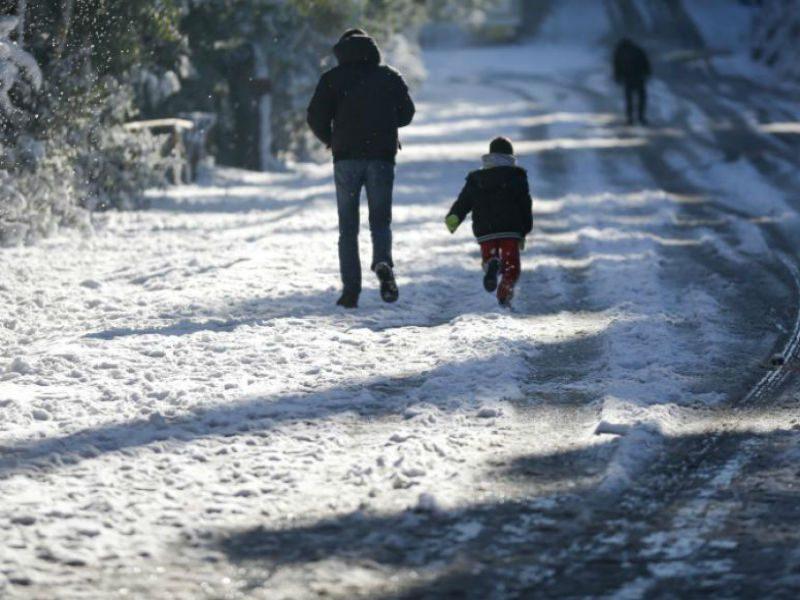 Καιρός: κακοκαιρία χιόνια