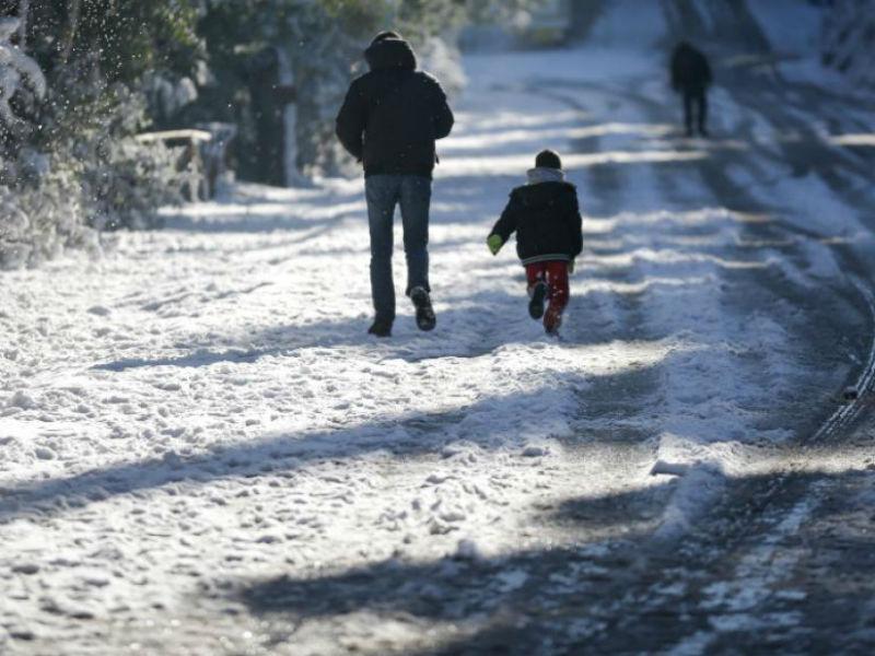 Καιρός: Βροχοπτώσεις, καταιγίδες ακόμα και χιονοπτώσεις!