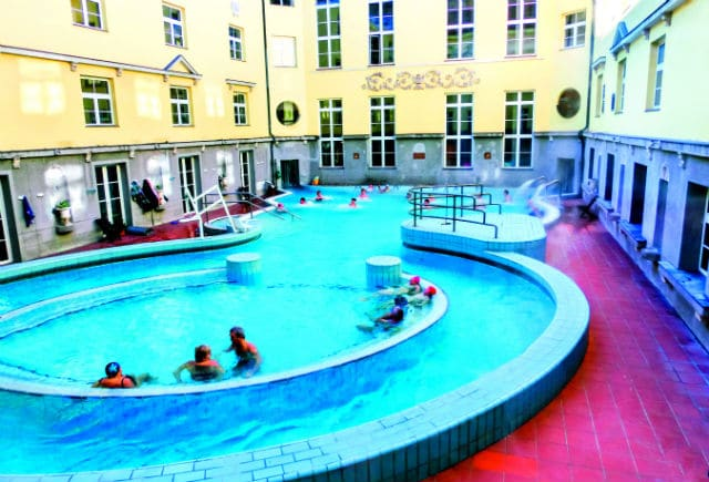 Lukacs Bath Βουδαπέστη