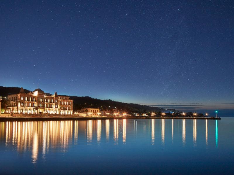 Το Poseidonion Grand Hotel υποδέχεται στις Σπέτσες το Baba Au Rum, ένα από τα 50 καλύτερα bars του κόσμου!