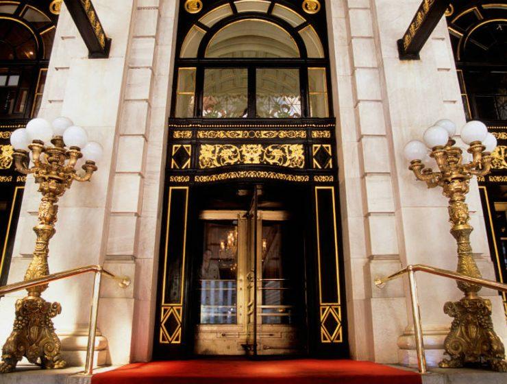 "The Plaza: Tο πολυτελές ξενοδοχείο της Νέας Υόρκης που το γνωρίσαμε από την ταινία ""Μόνος στο Σπίτι 2""!"