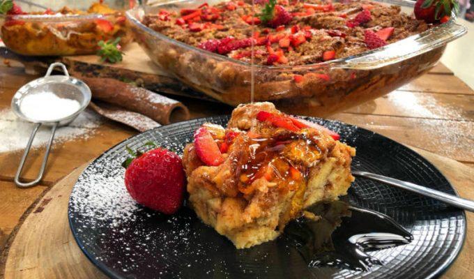 Ώρα για γαλλικό πρωινό! Γαλλικές αυγόφετες στο φούρνο με φράουλες!
