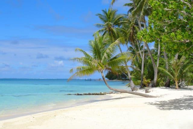 Χαβάη - παραλία με λευκή άμμο