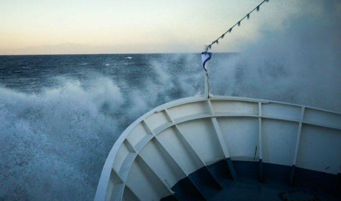 θυελλώδεις άνεμοι - πρόβλημα στις ακτοπλοϊκές γραμμές