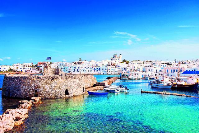 """Οι 10 καλύτεροι ελληνικοί προορισμοί για ένα """"κινηματογραφικό"""" Πάσχα!"""