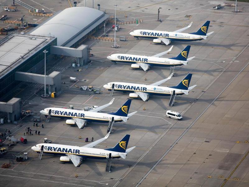 Κρίση στη Ryanair! Μειώνει τις βάσεις της!