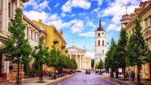 Βίλνιους: Η πιο μπαρόκ πρωτεύουσα της Ευρώπης μάς αποκαλύπτεται μέσα από 8… βήματα!