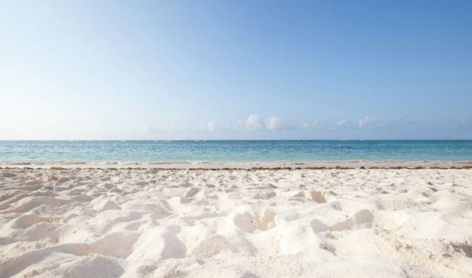 Δείτε από που προέρχεται η λευκή άμμος στις παραλίες της Χαβάης!