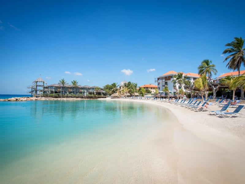 «Απαγορευμένη» η χρήση της παραλίας από τα ξενοδοχεία με το νέο νομοσχέδιο