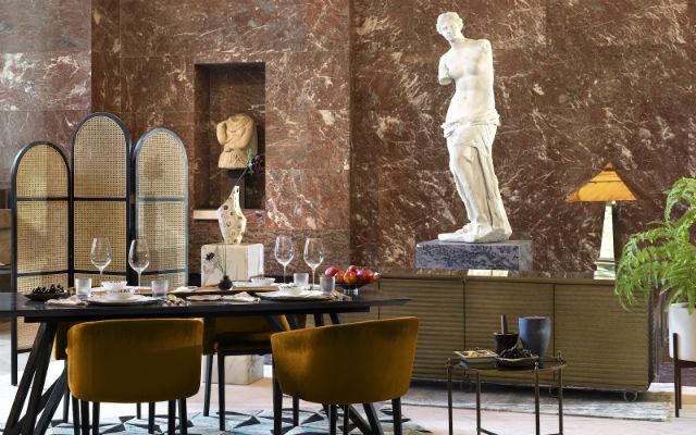 Airbnb δείπνο στο Λούβρο