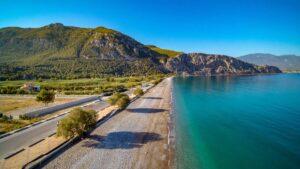 O Τάσος Δούσης προτείνει 8 υπέροχες εκδρομές μια ανάσα από την Αθήνα!