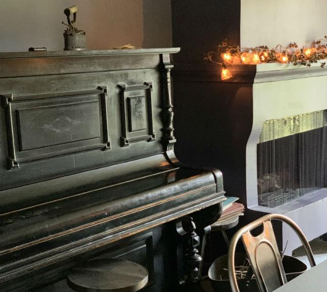 Apeiros Chora, Ξενώνας Κάτω Πεδινά, Ζαγόρι - πιάνο