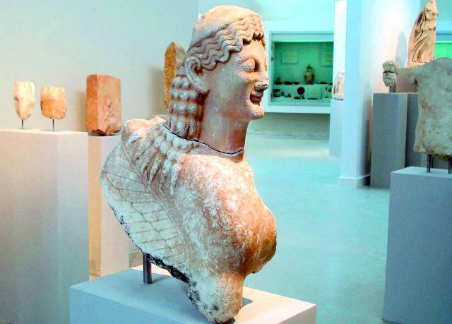 Άγαλμα, Αρχαιολογικό Μουσείο Καβάλας