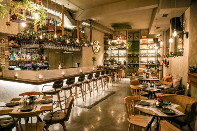 Caravin wine bar - νέες αφίξεις Αθήνα