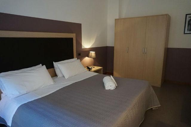 Hotel Europa, Παλέρμο