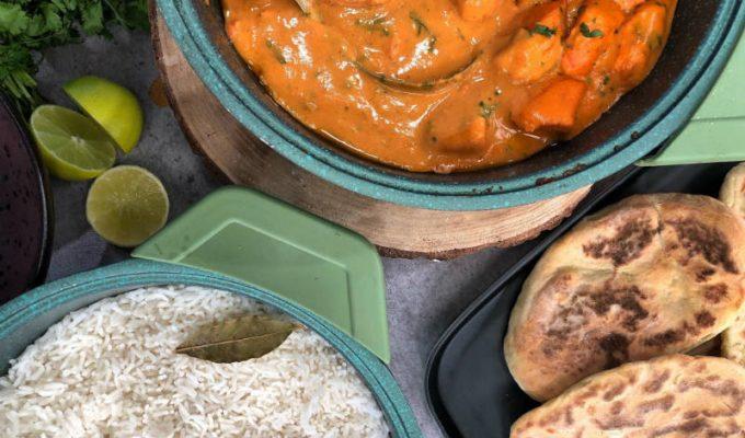 Συνταγή Ινδικό κοτόπουλο κάρυ με πίτες Naan - Βακιάρος