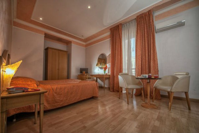 La Pace Hotel Νάπολη - δωμάτιο