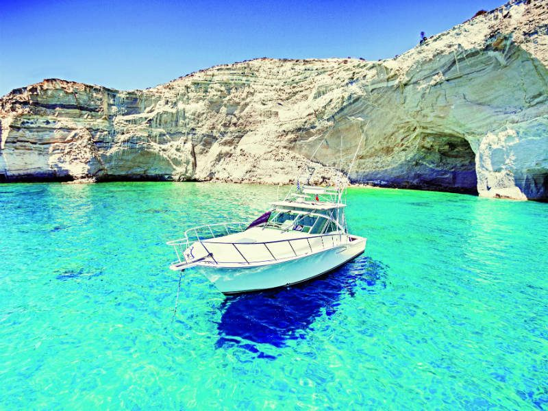 Travel+Leisure: Δύο ελληνικά νησιά στα 10 καλύτερα παγκοσμίως για διακοπές