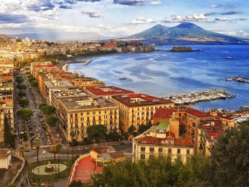 7 μοναδικά πράγματα που πρέπει να κάνεις στη Νάπολη