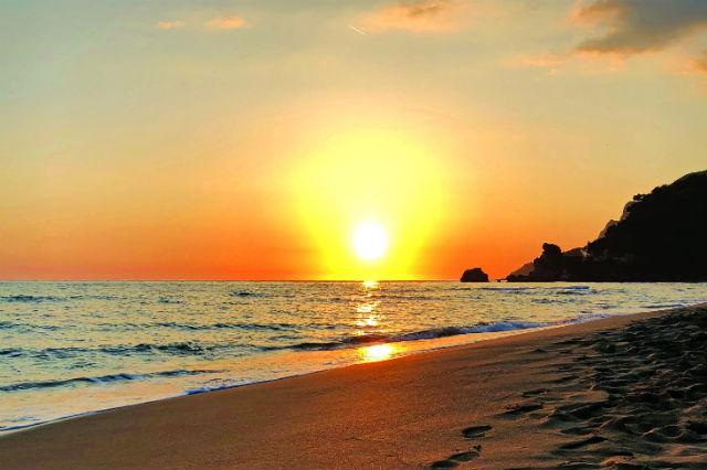 Παραλία Γλυφάδας, Κέρκυρα