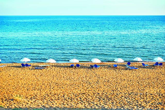Παραλία Ίσσος, Κέρκυρα