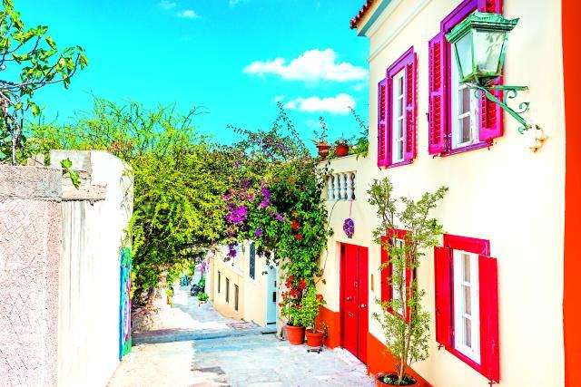 Βόλτα στα στενά της Πλάκας, Αθήνα