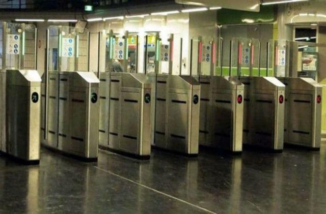 Πύλες μέσα μεταφοράς, Αθήνα
