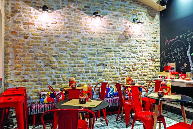 Red hot chili burger, Κέρκυρα - εσωτερικός χώρος