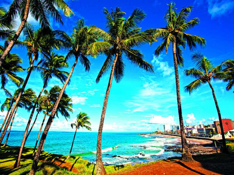 Σαλβαρόρ: Ένα εξωτικό ταξίδι στην «πρωτεύουσα της χαράς»!