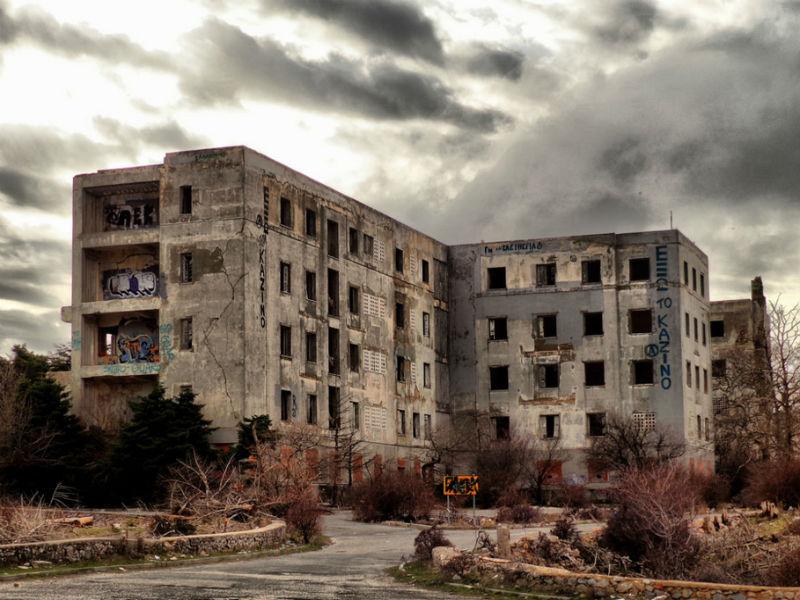 Σανατόριο Πάρνηθας: Το πιο τρομοκρατικό μέρος στην Αττική!