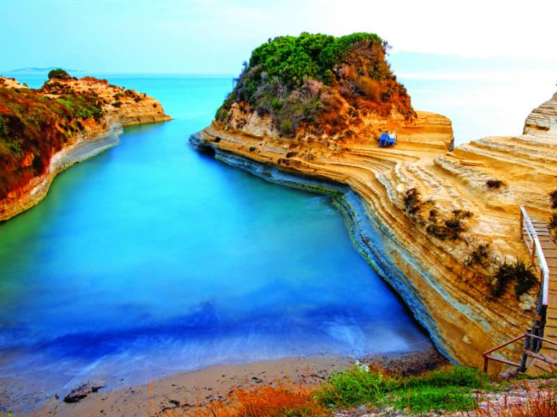 10+1 παραλίες της Κέρκυρας που θα θες να βουτήξεις τώρα!