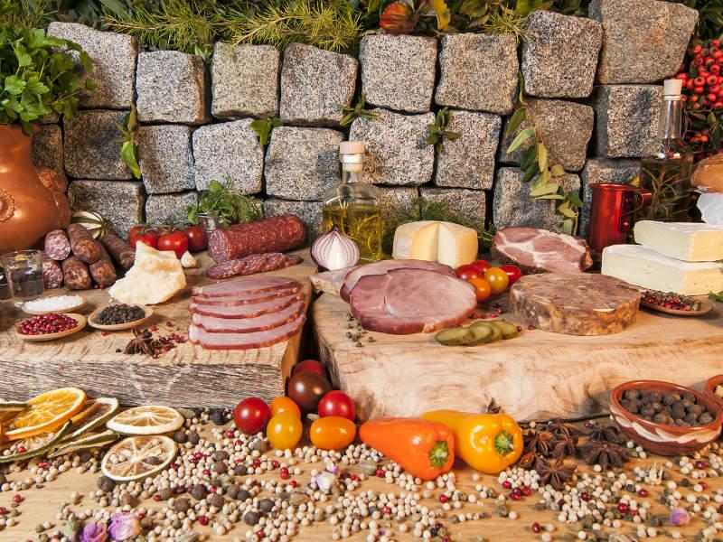 """Στο """"Χασαπάκι"""" θα βρείτε το φημισμένο βουβαλίσιο κρέας Σερρών που θα σας ξετρελάνει!"""