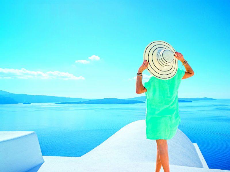 Euractiv: Πανευρωπαϊκό παράδειγµα προς µίµηση στον τουρισµό η Ελλάδα