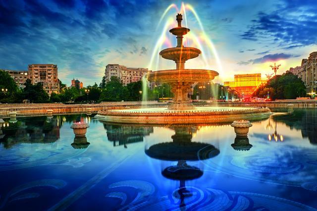 Μεγαλύτερη πλατεία στο Βουκουρέστι
