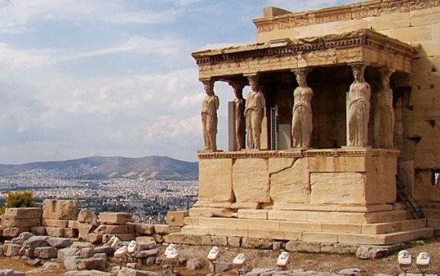 Ακρόπολη μνημεία