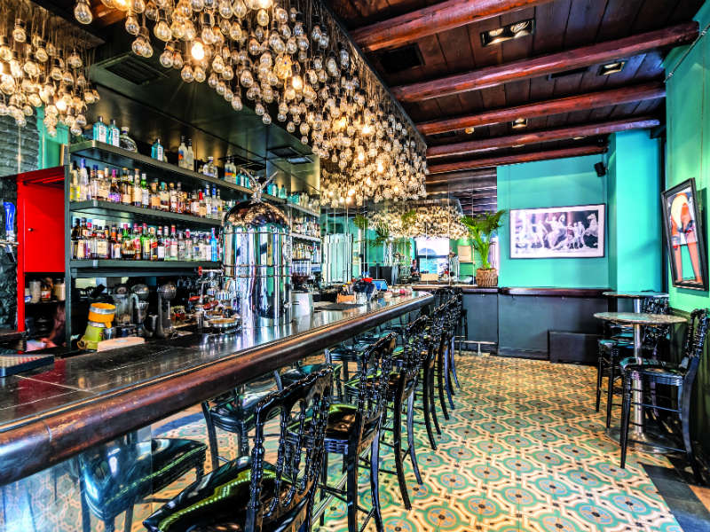 Bristol cafe-bar, Κέρκυρα