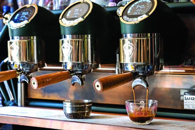Καφετέρια bar στην Κέρκυρα