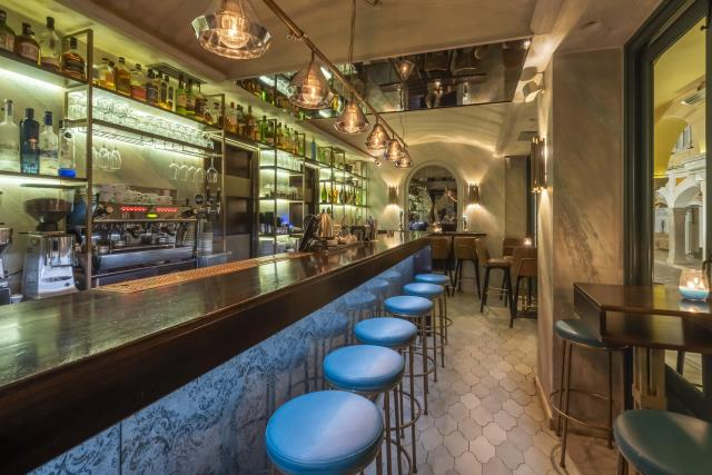 Dell' Acque - cocktail street bar Κέρκυρα