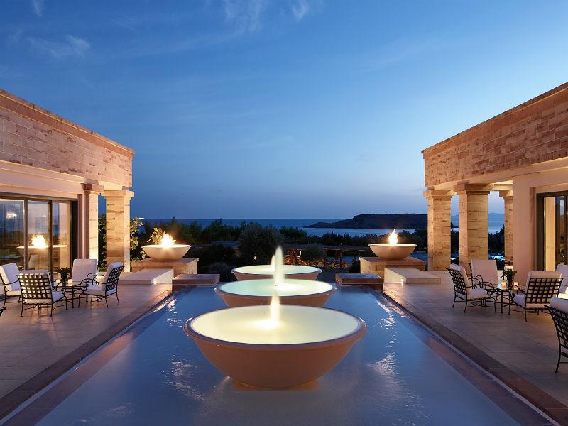Grecotel: Μειώνει τις τιμές στα ξενοδοχεία της – Μεγάλες προσφορές