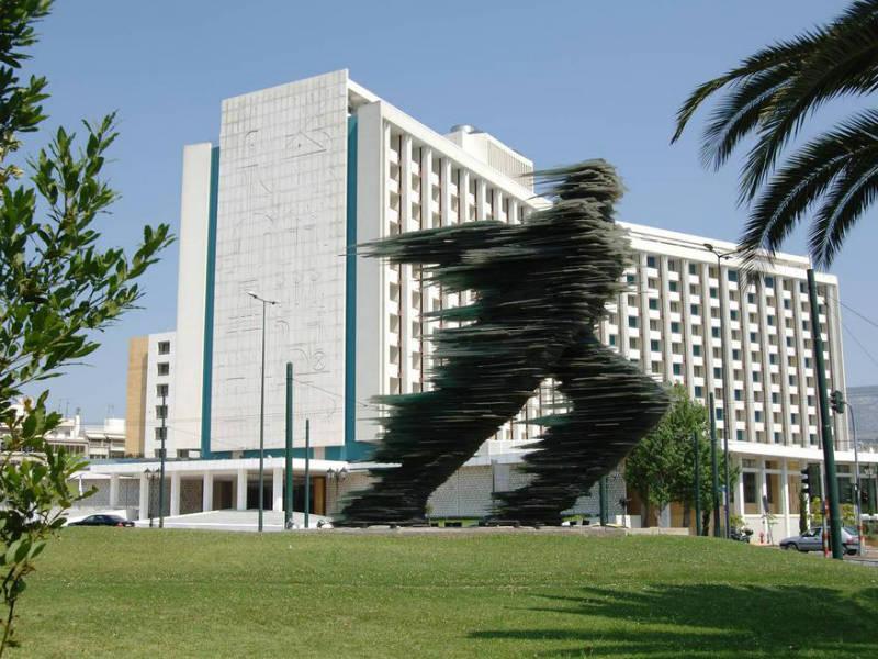 100 χρόνια Hilton