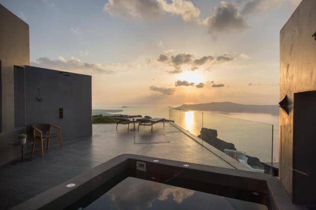 Kivotos Santorini - νέο 5άστερο ξενοδοχείο Σαντορίνη