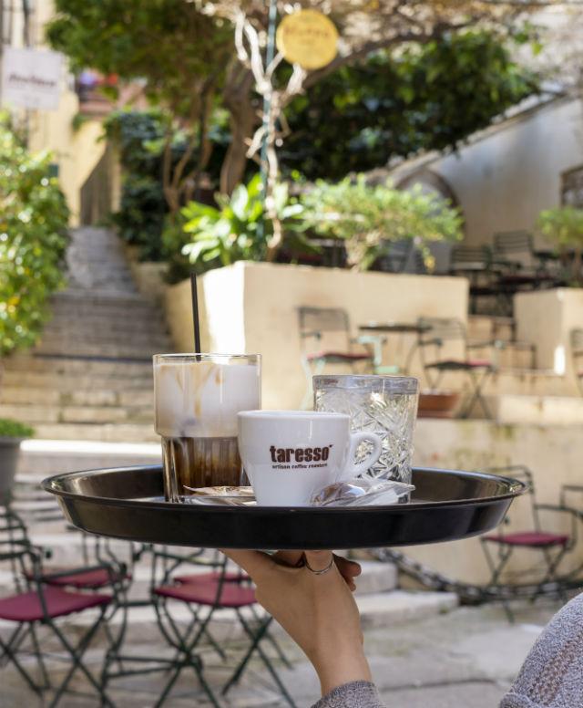 Mikro Cafe - καφετέρια στην Κέρκυρα