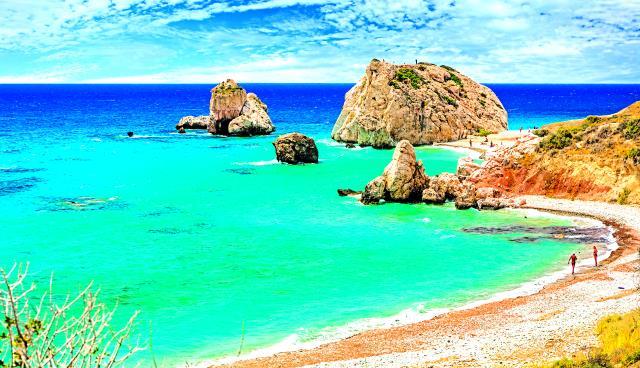Πέτρα του Ρωµιού - παραλία Πάφος