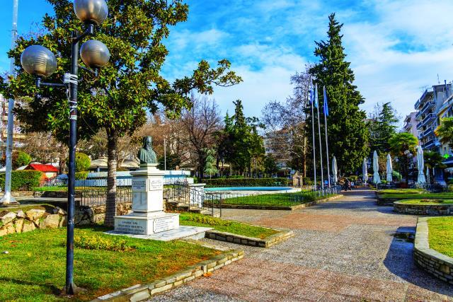 Πλατεία Ελευθερίας, Σέρρες