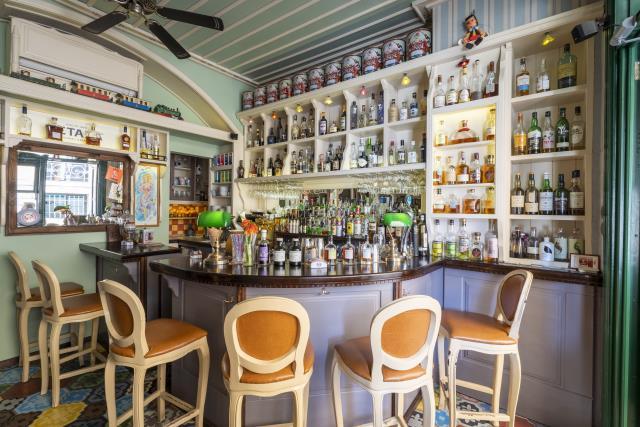 Puppet bar, Κέρκυρα