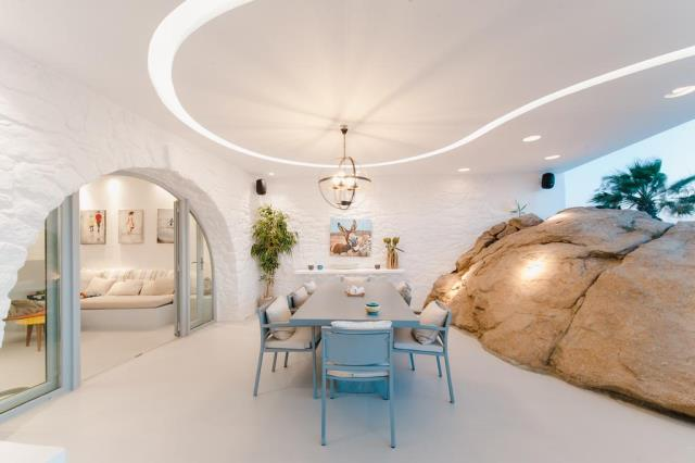 Seawest Villa Mykonos τραπεζαρία