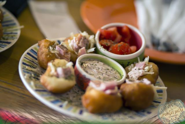 Γλυκοπωλείο Στάζει Μέλι, Κέρκυρα - φαγητό
