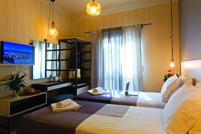 The Land of Corfu, ξενοδοχείο Κέρκυρα