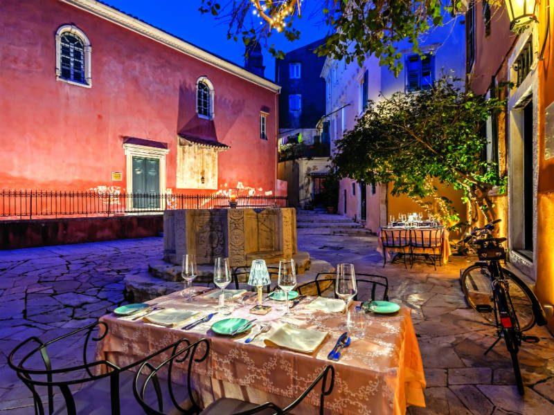 Βενετσιάνικο Πηγάδι , εστιατόριο στην Κέρκυρα
