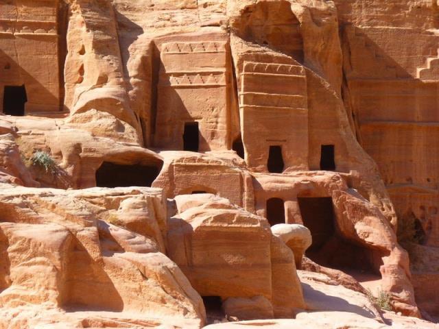 Ένα από τα 7 θαύματα του κόσμου, αρχαία πόλη της Πέτρας